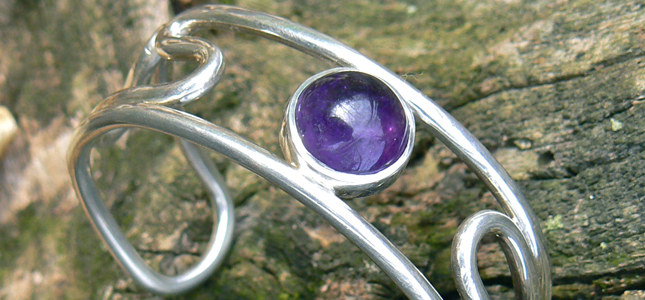 amethyst wire  | bracelets