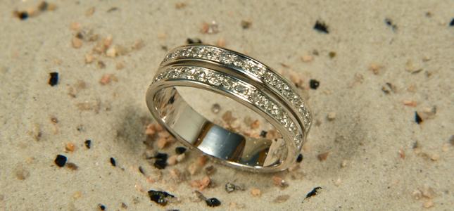 riviere spaccata | anelli in oro